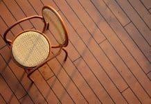 Rénovation de parquets: pourquoi contacter des parqueteurs professionnels?